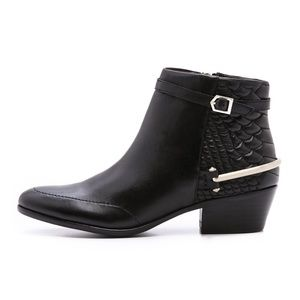 Sam Edelman Porter Quilted Zip Side Ankle Booties